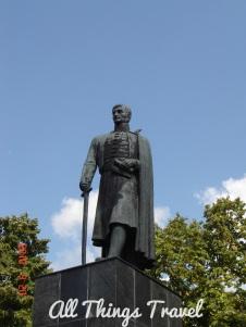 Statue of Karađorđe