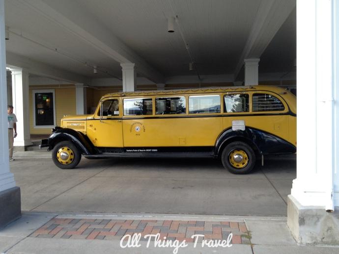 Touring car at Lake Yellowstone Hotel