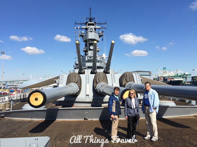 !6 inch guns on Iowa Battleship